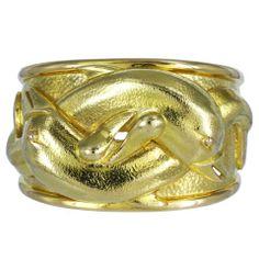DAVID WEBB Gold Dolphin Cuff