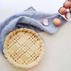 Pie Crust Inspiration  tons of pie crust design ideas and pie recipes