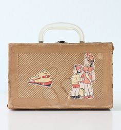 Vintage Doll Case  Cass brand by bellalulu on Etsy