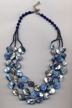 collar Mari azul nacar