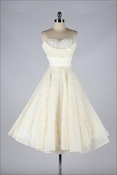 r e s e r v e d /// vintage 1950s dress