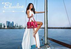 Espectacular sharline, con un toque de sensualidad hacia el super lujo, este maravilloso diseño es exclusivo para mujeres mega elegantes amantes de la moda, su preciosa piel lo hace lucir como una  bella sortija. Conózcanos más ingresando a www.sharline.co 💎👑💎👑💎 #handbags, #designerhandbags, #wallet #clutches #leather #crossbody #shoulderhandbags