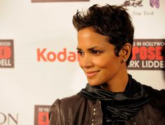 halle berry flipped short haircut side view | thirstyroots.com: Black Hairstyles                                                                                                                                                     Más