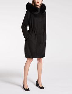 Max Mara ZUAI black: Pure cashmere parka.