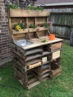 20 Brilliant DIY Pallet Furniture Design Ideas to Inspire You 60 Awesome DIY Pallet Garden Bench and Storage Design Ideas
