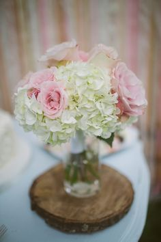 hydrangea and rose bouquet // photo by The Bird & The Bear // http://ruffledblog.com/handcrafted-oak-tree-manor-wedding