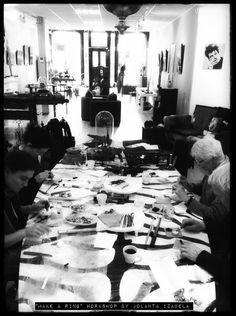 #ENSCHEDE #WORKSHOP   Een geweldig geslaagde happening ism galerie HartWare. As weekend wordt de workshop 'Selfie in clay' gegeven door Jolanta Izabela Pawlak Er zijn nog een beperkt aantal plaatsen op zaterdag 30 en zondag 31 januari.   Opgeven bij Jolanta of bij de galerie HartWare   +31 (0)53 2 030 500   #Haverstraatpassage  #GalerieHartWare #Enschede