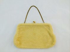 Vintage Corde Bead Cream Off-White Mesh Beaded Handbag Kiss-lock Closure