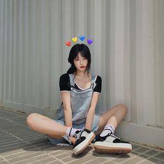 Korean Girl Photo, Cute Korean Girl, Cute Asian Girls, Cute Girls, Cool Girl, Girl Outfits, Cute Outfits, Fashion Outfits, Preety Girls