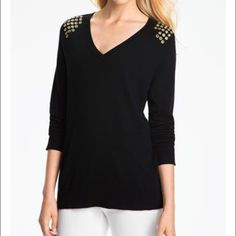 Michael Kors long sleeve top First picture is the same exact top just in black. Spices up plain long sleeves still in good condition. Could also fit someone who is a size small! On ♍️cari for less! Michael Kors Tops