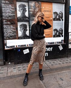 Leopard Print Skirt Outfit + Street Style Looks to Copy + Combat Boots + Fall Outfits + European Style Mode Outfits, Casual Outfits, Fashion Outfits, Fashion Ideas, Skirt Fashion, Fashion Boots, Converse Outfits, Fashion Tips, Looks Street Style