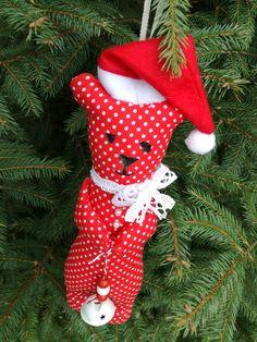 vianočný medvedík - Tilda Christmas bear - Tilda Bear, Christmas Ornaments, Holiday Decor, Home Decor, Decoration Home, Room Decor, Christmas Jewelry, Bears, Christmas Decorations