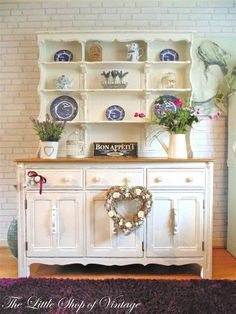 Stunning Ercol Large Welsh Dresser Sideboard Cupboard Cabinet Shabby Chic F & B