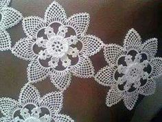 This Pin was discovered by ben Crochet Doilies, Crochet Flowers, Crochet Stitches, Crochet Dress Girl, Thread Art, Needle Lace, Needlepoint, Tatting, Needlework