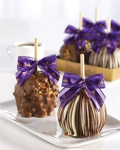 Shop gourmet desserts and cakes at Neiman Marcus. Layer yourself in sweets with these gourmet cakes, pies, and an endless selection of sweet treats. Cake Pops, Toffee, Cupcakes, Cupcake Cakes, Gourmet Caramel Apples, Chocolate Covered Apples, Apple Gifts, Gourmet Desserts, Apple Recipes