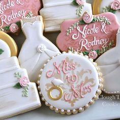 Monogram Cookies for a Wedding Cookiesbym.ca | Cookies | Pinterest ...