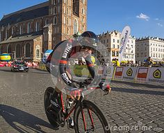 Each year in Poland is a bicycle race Tour de Pologne. The end of this race is always in Krakow, meta on the main market. Today is August 3, ended the race. The last took place on time.Link  http://www.sport.pl/kolarstwo/1,64993,14383555,70__Tour_de_Pologne_zakonczyl_sie_na_Rynku_Glownym.html
