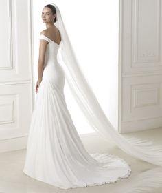 Pronovias BENA, Wedding Dress 2015