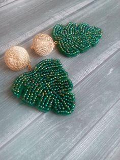 Leaf earrings Drop earrings Green leaf beaded earrings Beadwork earrings Monstera leaf earrings BonBons earrings Oscar style Trend 2019 - Women's style: Patterns of sustainability Leaf Earrings, Beaded Earrings, Earrings Handmade, Beaded Jewelry, Handmade Jewelry, Beaded Bracelets, Stud Earrings, Peyote Bracelet, Mixed Metal Jewelry