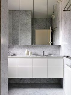 Bathroom decor, An excellent home design tip is going to be consistent with how you're designing an area. You want a solid theme of your respective design will mesh together. Diy Bathroom Decor, Bathroom Styling, Bathroom Interior Design, Modern Bathroom, Small Bathroom, Bathroom Ideas, Interior Decorating, Bathroom Toilets, Laundry In Bathroom