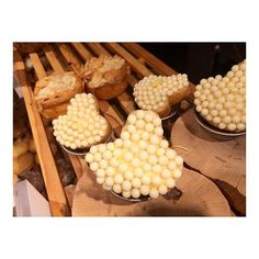 2017/01/29 16:44:16 peperontii 『#つぶつぶ』 見た目も可愛らしい🍞 . . #つぶつぶ #ぶつぶつ #レモン #レモンフランス #富ヶ谷 #365 #寄り道 #パン活 #パン屋巡り  #美味しいものにすぐ釣られる #自宅まで我慢 #バルミューダ #更に美味しく
