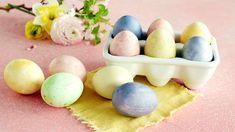 Värjää kananmuna luonnollisesti ruoka-aineilla Korn, Eggs, Breakfast, Morning Coffee, Egg, Morning Breakfast, Egg As Food