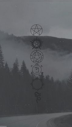 Supernatural Signs Markings And Traps Supernatural Fans, Wallpapers Supernatural, Supernatural Background, Supernatural Pictures, Supernatural Tattoo, Supernatural Costume, Castiel, Wallpaper Backgrounds, Iphone Wallpaper