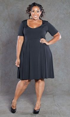 For some reason, I don't own a LBD. Why not? This one would be perfect!