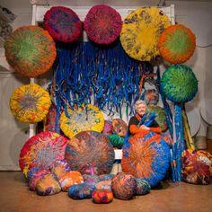 Sheila and her treasures :] Sculpture Textile, Textile Fiber Art, Textile Artists, Soft Sculpture, Guerilla Knitting, Sheila Hicks, Art Du Fil, Yarn Bombing, Crochet Art