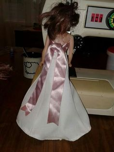 Wit barbie rok van agter