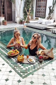 Marrakech travel guide | Le Riad Yasmine, Marrakech | #ohhcouture #leoniehanne