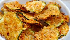 Oven Baked Zucchini Chips I need to try this. I think it would be a great, healthy alternative to the snacks the kids eat. I have my zuchinni plants growing in the garden and looking forward to eating these this summer. Veggie Dishes, Vegetable Recipes, Vegetarian Recipes, Cooking Recipes, Snack Recipes, Easy Recipes, Popular Recipes, Side Dishes, Delicious Recipes