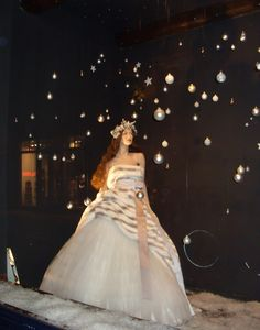 Snow Queen - Xmas Bridal window display from the Netherlands.(from connielene blog)    At Mannequin Madness.com we have a wide selection of mannequins and dress forms for sale and for rent