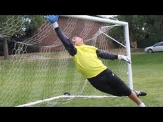 Goalkeeper Training: Goalie Reaction Drills - YouTube