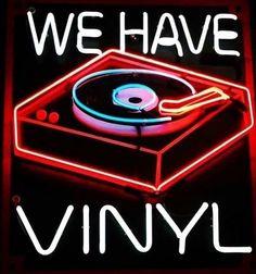 Vinyl Music, Vinyl Records, Sun Records, Purple Tumblr, Cool Neon Signs, Neon Licht, Neon Led, Neon Words, Vinyl Junkies