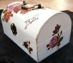 cajas vintage - Buscar con Google Butter Dish, Google, Home Decor, Decorative Boxes, Decoration Home, Room Decor, Interior Design, Home Interiors, Interior Decorating