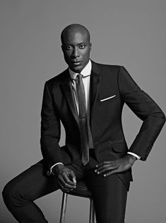 A Gentleman Style Icon-Ozwald Boateng, Sharp Dressed Man, Well Dressed Men, Men's Fashion, Fashion Design, Fashion Today, Ozwald Boateng, Manuel Ritz, Dapper Men, Raining Men