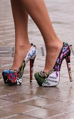 971cf194f6b Wild, I love it! Amazing Heels, Awesome Shoes, Pretty Shoes, Beautiful