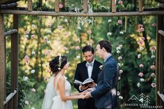 Josie and Jared's beautiful spring pastel themed wedding at Jardin Del Sol in Snohomish, Washington photographed by local Seattle Wedding Photographer, Rebecca Anne Photography.