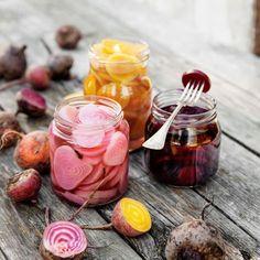 Inlagda rödbetor Anti Inflammatory Recipes, Diy Food, Food Food, Frisk, Winter Garden, Winter Food, Chutney, Preserves, Pesto