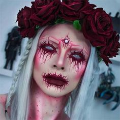 Looking for for inspiration for your Halloween make-up? Browse around this website for creepy Halloween makeup looks. Creepy Halloween Makeup, Creepy Makeup, Halloween Makeup Looks, Costume Halloween, Gothic Halloween, Ghost Makeup, Halloween 2018, Scariest Halloween Costumes, Halloween Make Up Scary