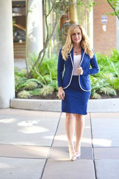 Get your work day style ready for summer with this ink blue suit. Read more summer office wear tips on the blog!