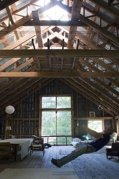 Bob's Barn by Vermont architect Robert Swinburne