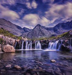 Must-see places in Scotland for you to check out. These 8 magical places in Scotland are definitely worth seeing on your next Scotland trip. Places In Scotland, Scotland Travel, Scotland Trip, Scotland History, Scotland Tourist Attractions, Padre Celestial, Exotic Places, Solo Travel, Travel Tips