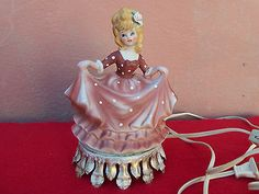 Vintage Old Fashion Colonial Girl in Pink Lamp / Night light by Aladdin Giftware