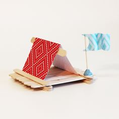 so adorable....for machines and motion? maybe with a sail instead to use with a fan in water table?