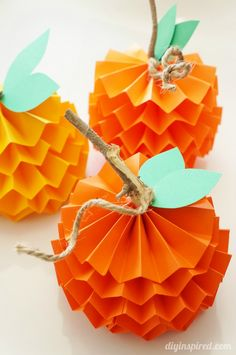Paper pumpkin crafts for kids. These little pumpkins are so much fun to make. Try 15 more easy Halloween crafts ideas for kids to engage them on festivals Easy Fall Crafts, Easy Halloween Crafts, Thanksgiving Crafts For Kids, Diy Halloween Decorations, Fall Diy, Holiday Crafts, Autumn Decorations, Halloween Ideas, Diy Thanksgiving Decorations