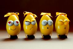 'Eggoticons' easter chocolate eggs inspired in famous emoticons. Fun!