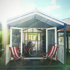 Ever wanted one of those #brightonbeachhuts for your own home? Now you can! visit www.melwood.com.au to find out how! (You can see this little number in person at our #NeutralBay display centre.) #studio #prefab #backyardroom #melwoodcabin #cabana #backyardideas #exteriordesignsydney #gardenplanner #poolcabana #backyardpool #familytime #sydneybackyards #teengeretreat #backyards #gardenstudio #bythepool #summerholidays #melwoodcabana #softblueandnavy #backyardcabana #brighton #beachside…