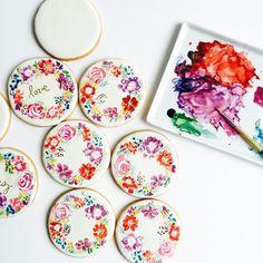 Watercolor on Royal icing // bakedideas